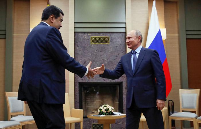 Владимир Путин выразил поддержку Николасу Мадуро