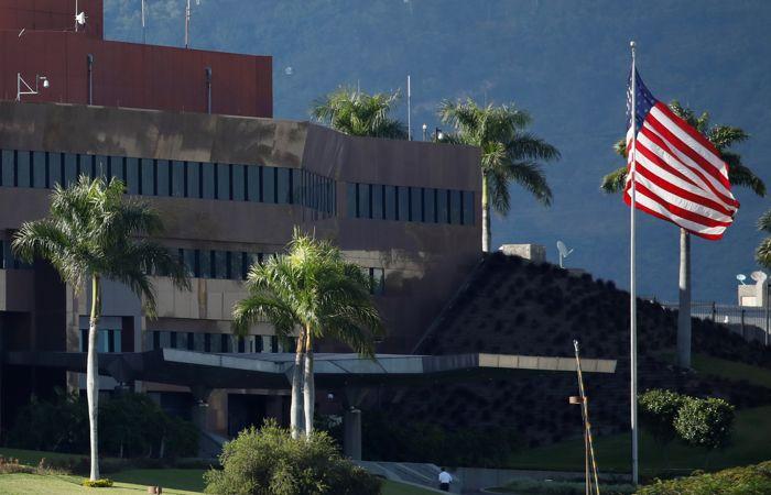 США завершили вывод дипломатического персонала из Венесуэлы