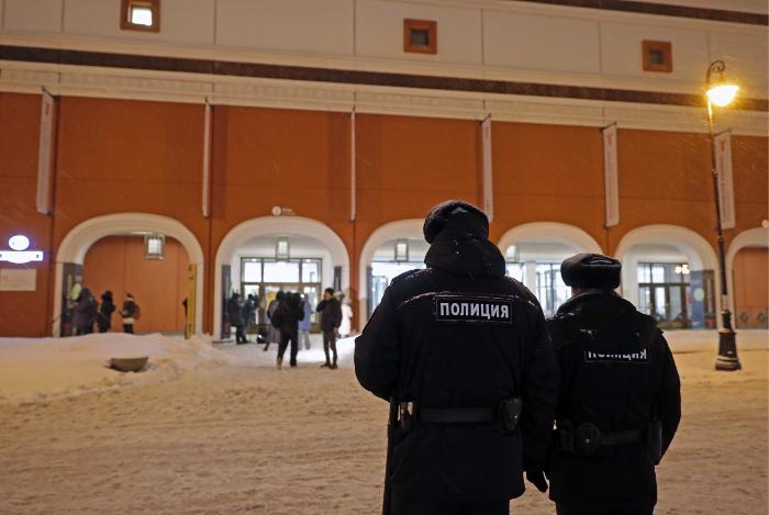 Белый внедорожник ищут в Москве в связи с похищением картины Куинджи