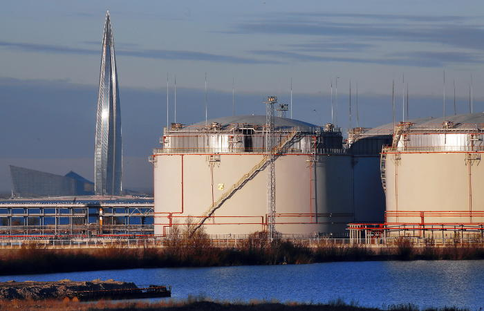 Экспортная пошлина на нефть в РФ с 1 февраля снижена