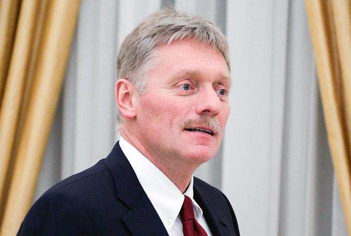 В Кремле прокомментировали опрос о желании молодежи уехать из России