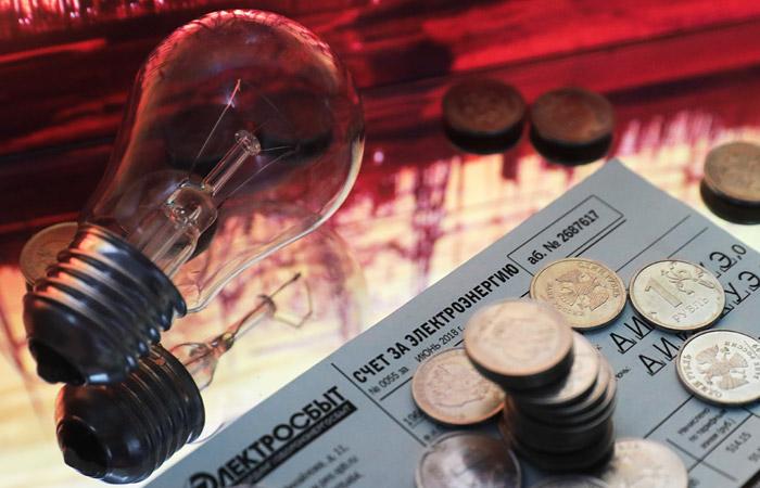 Приставы не увидели рисков роста напряженности при большей передаче долгов за ЖКУ коллекторам