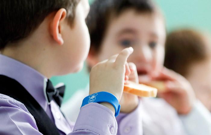 Депутат думы Екатеринбурга предложила отменить бесплатное питание для младших классов