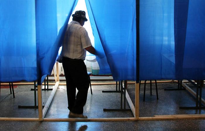 Рада запретила россиянам быть наблюдателями на выборах на Украине