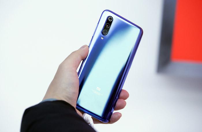 Xiaomi представила новый флагманский смартфон