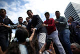 Гуайдо подписал первый президентский указ