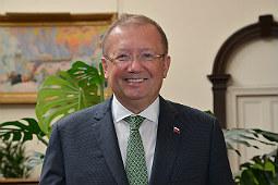 Посол РФ в Великобритании: политические разногласия не должны проецироваться на условия работы дипломатических миссий