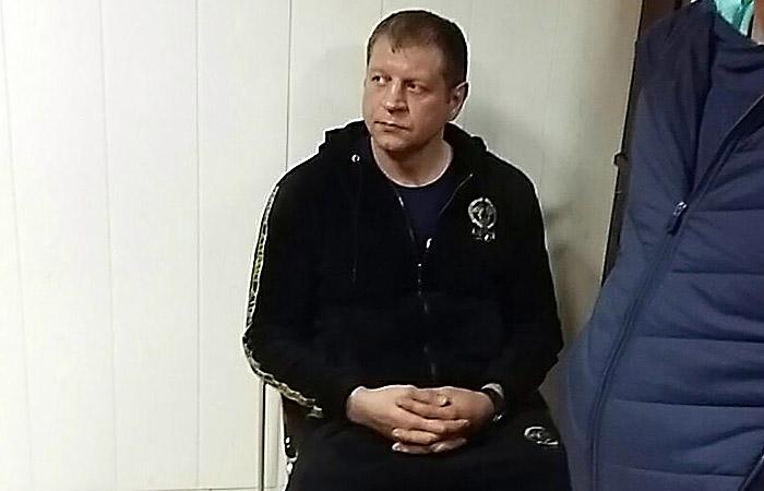 Александр Емельяненко признался в суде, что сел пьяным за руль