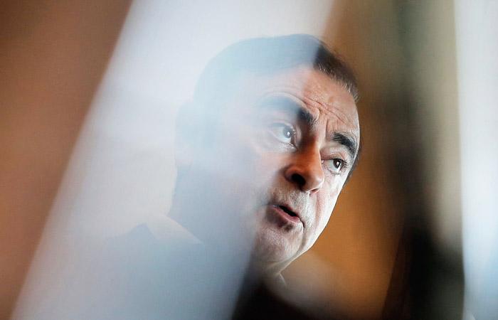 Токийский суд освободил экс-главу Nissan Карлоса Гона под залог