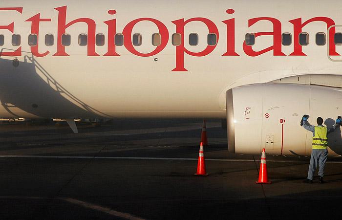 Пассажирский самолет Ethiopian Airlines потерпел катастрофу по пути в Найроби