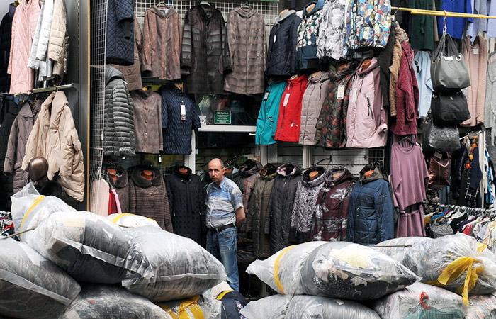 """Полиция с ночи начала рейд на московских рынках """"Москва"""" и """"Садовод"""""""