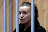 Суд арестовал мать, бросившую пятилетнюю дочь в квартире