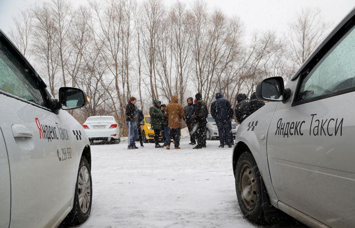 """""""Ъ"""" узнал о планах Яндекс.Такси ввести гарантированный доход для водителей"""