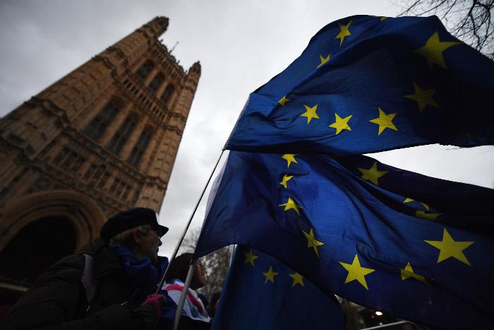 Британские депутаты проголосовали против Brexit без соглашения с Брюсселем