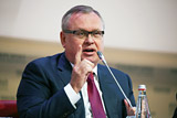 Минфин одобрил передачу доли ВТБ в Еврофинанс Моснарбанке Росимуществу