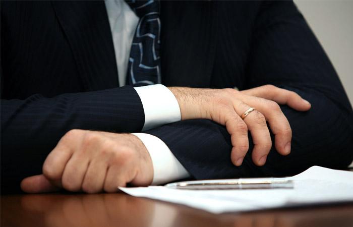 Волгоградский депутат, оскорбивший малоимущих пенсионеров, подал в отставку