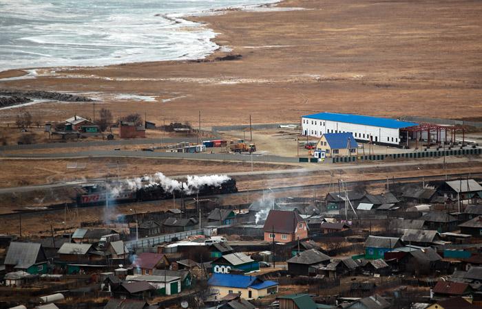 Строительство завода по производству питьевой воды на берегу Байкала приостановлено