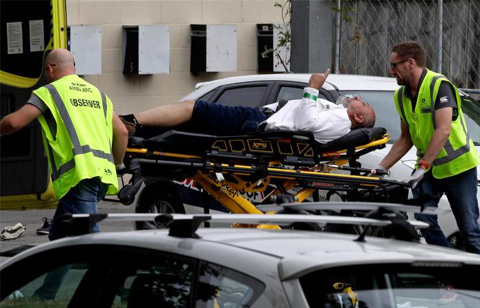В результате стрельбы в мечетях в Новой Зеландии погибли 40 человек