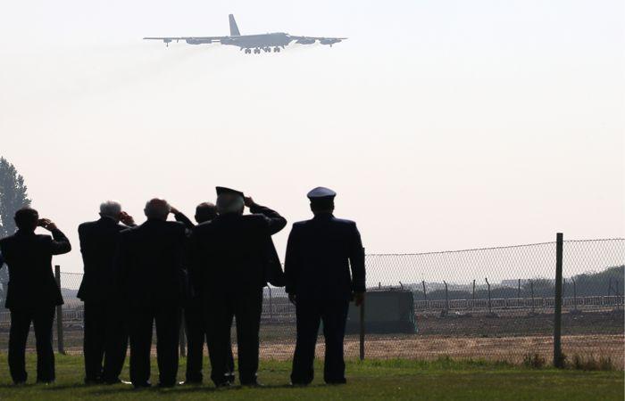 Американский Б-52 улетел после обнаружения средствами ПВО РФ над Балтикой