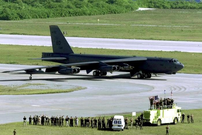 ВВС США перебросили в Европу эскадрилью стратегических бомбардировщиков B-52H