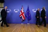 Евросоюз дал Лондону отсрочку по Brexit до 22 мая - при одном условии. Обобщение