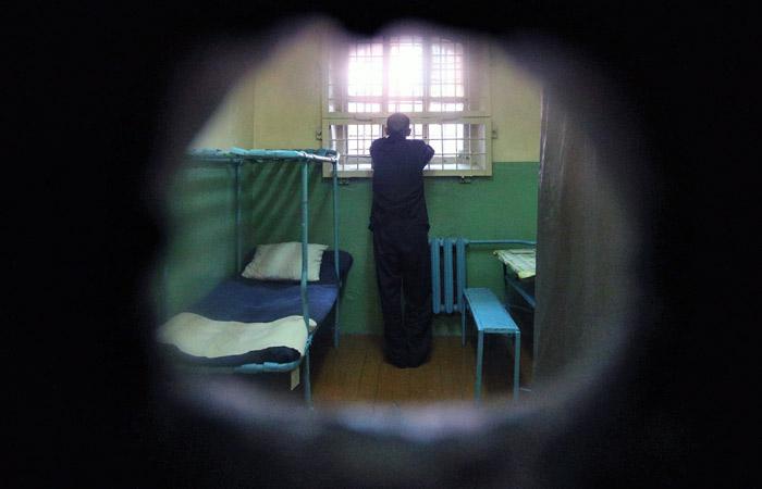 Абызова поселили в одной камере с обвиняемыми в убийстве и краже