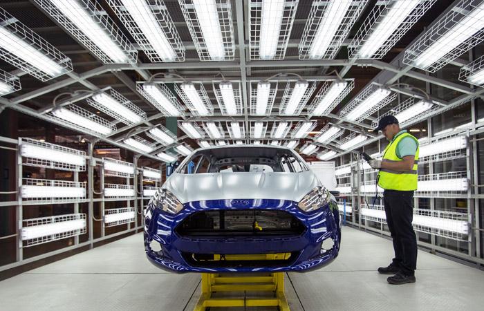 Ford решил закрыть заводы в Набережных Челнах и Ленобласти