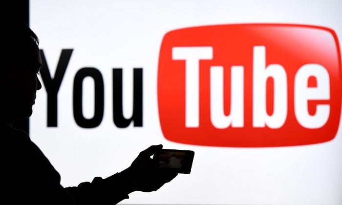 YouTube удалил последние ролики Парфенова и Дудя