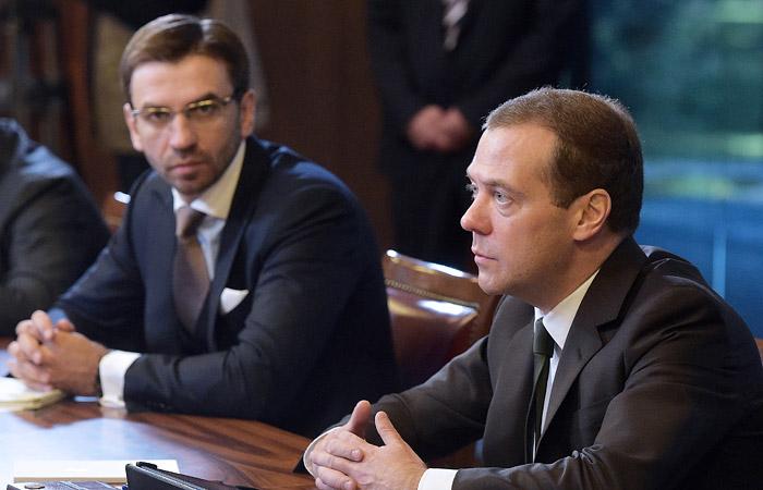 """Медведев впервые прокомментировал """"дело Абызова"""""""