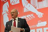 Зюганов призвал распустить ЦИК из-за отказа передать Грудинину мандат депутата Госдумы