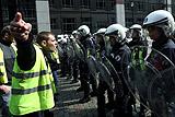 """Примкнувшие к манифестации в Брюсселе """"желтые жилеты"""" устроили погром"""