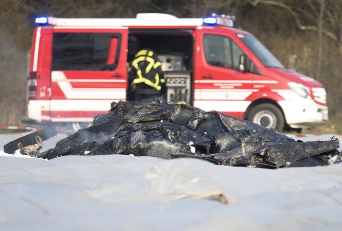 Источник назвал имена всех погибших в катастрофе российского самолета в Германии