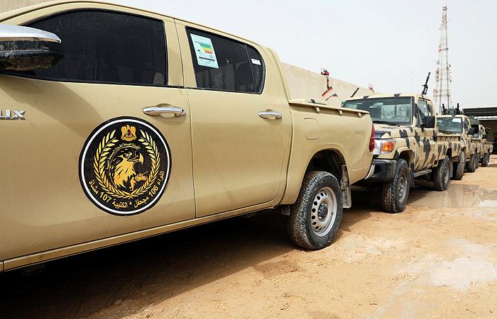 СМИ узнали о взятии армией маршала Хафтара аэропорта Триполи