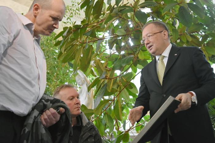 Отравившийся в Эймсбери британец сообщил послу РФ о желании встретиться с Путиным