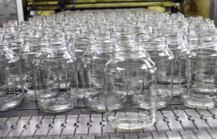 Правительство Украины запретило поставки стеклотары и формалина из России