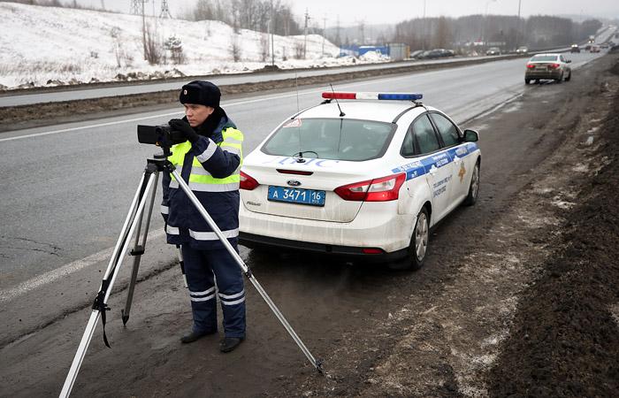 В Госдуме предложили ГИБДД вместо повышения штрафов привести в порядок дороги