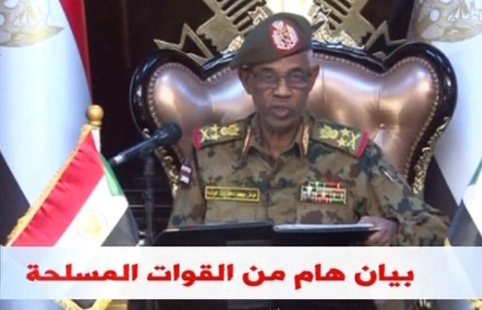 Министр обороны Судана официально объявил о смене власти