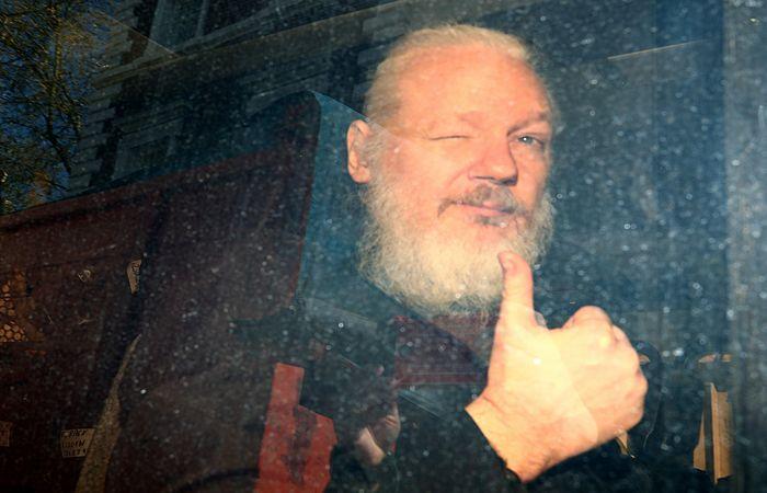 Арест основателя WikiLeaks Джулиана Ассанжа. Обобщение