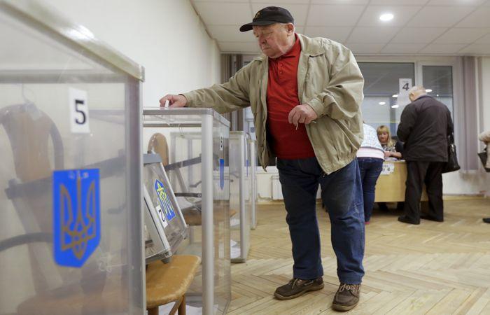Стартовал второй тур выборов президента Украины