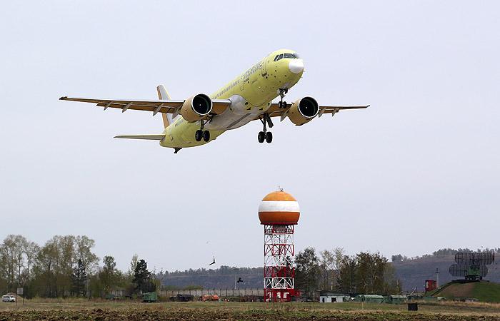 Опубликовано видео полета опытного МС-21-300