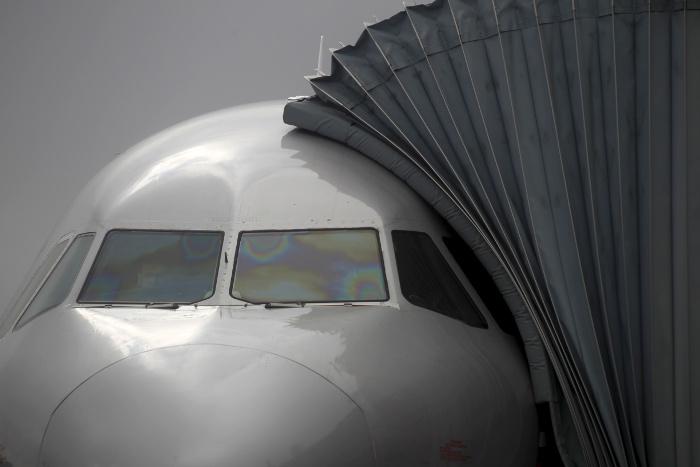 Летевший с базы Гуантанамо Boeing 737 приводнился на реке в штате Флорида