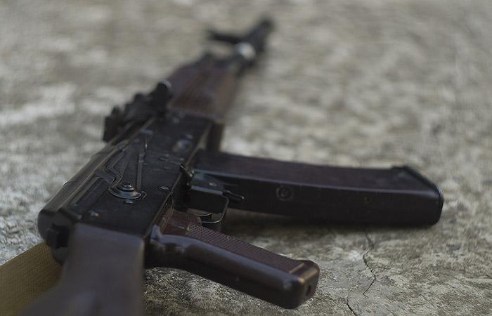 Стрелявший на улице холостыми депутат Ионин заявил, что хотел проверить автомат