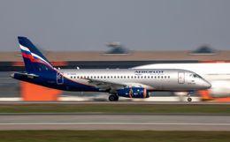 Утеря связи экипажа Superjet с диспетчерами произошла из-за молнии