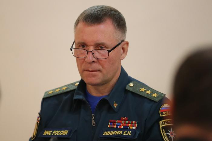 Глава МЧС проверит готовность Якутии к паводку