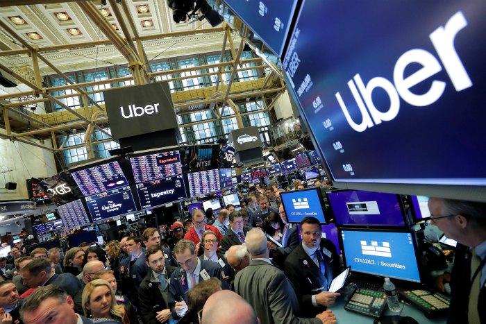 Торги акциями Uber открылись ниже цены IPO