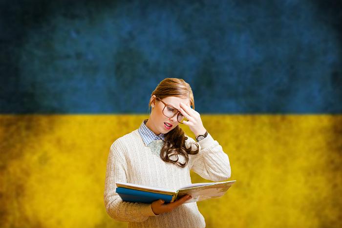 Суд в Киеве отклонил иск о запрете спикеру Рады подписывать закон об украинском языке