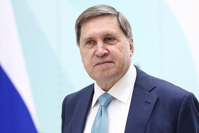 Ушаков прокомментировал сообщения о запросе США на встречу Трампа с Путиным