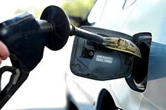 Биржевые цены на бензин в среду подскочили на 5-6%
