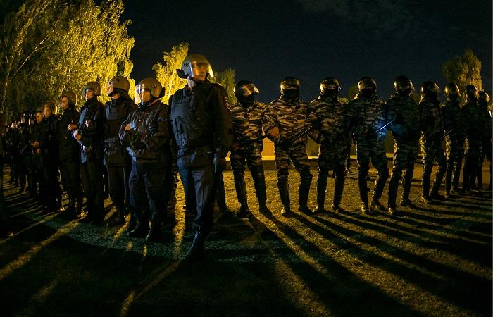 В Екатеринбурге арестованы больше 20 протестовавших против строительства храма