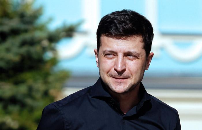 Рада не внесла в повестку дня первые законопроекты Зеленского